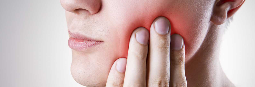 Symptoms of Problematic Wisdom Teeth